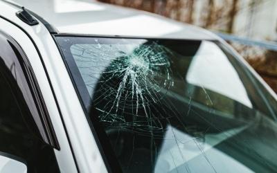 交通事故発生時に弁護士を雇うとき、何を基準に選べば良い?弁護士選びで大切な3つのこと